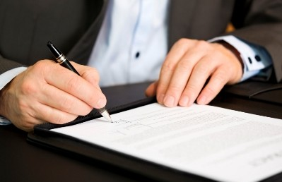 Business Contracts : A Perspective for an Employer